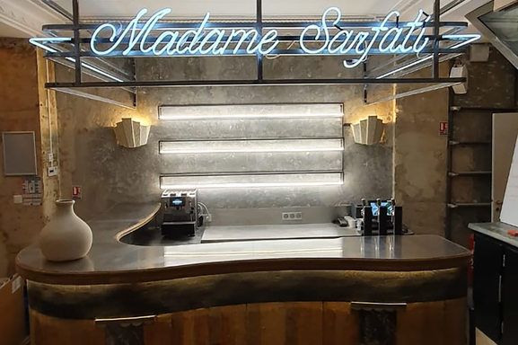 Madame Sarfati, le nouveau comedy club signé Fary