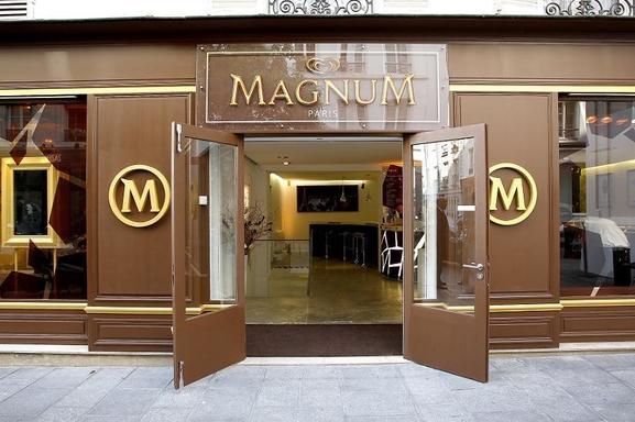 Magnum ouvre son café éphémère à Paris !