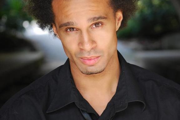 ALEX MARTIN, un acteur aux multiples facettes !