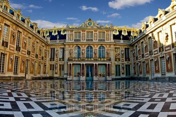 Célébrez le 14 Juillet au Chateau de Versailles avec Flashmob et spectacle pyrotechnique !