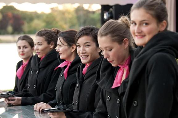 TRINITY entre service et excellence, découvrez l'agence sous toutes ses formes sur Casting.fr.