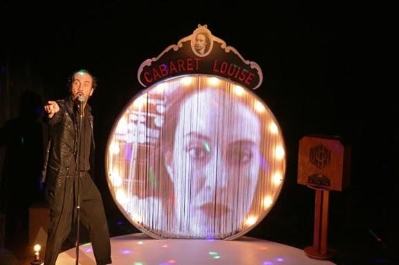 Découvrez Le Cabaret Louise, un cabaret burlesque et engagé signé Régis Vlachos !