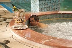 """Gagnez des places pour le film """"Johnny English Le Retour"""""""