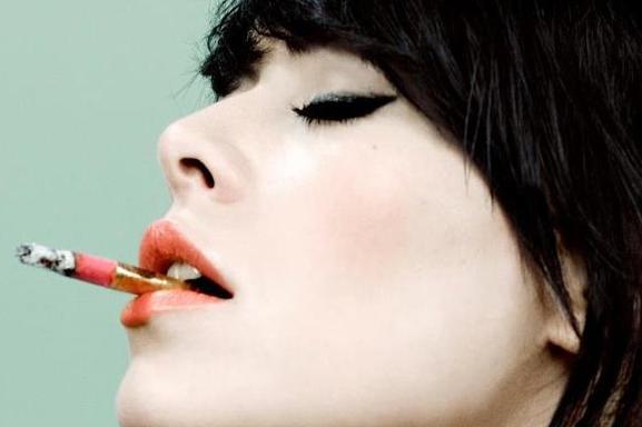 """Alex Hepburn sort son premier single """"Under"""" une révélation blues et soul moderne !"""