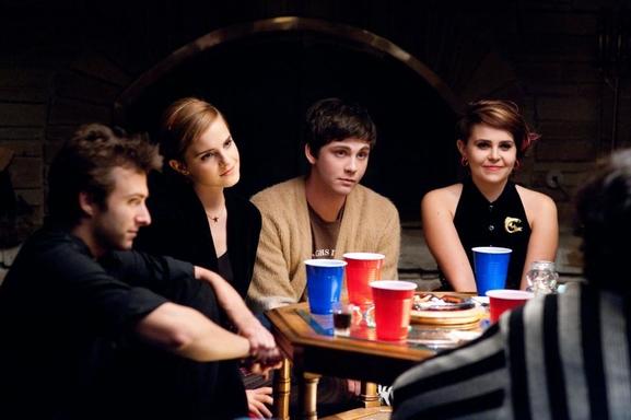 """Le film """"Le Monde de Charlie"""" adapté du roman culte avec Emma Watson le 2 janvier au cinéma!"""