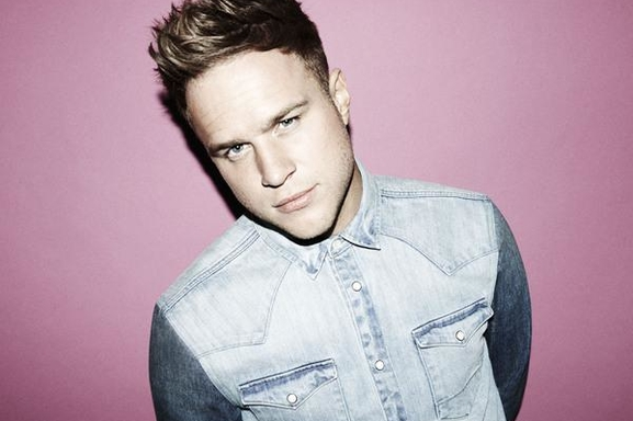 Olly Murs numéro 1 des ventes en Angleterre avec son album « Right Place Right Time » !