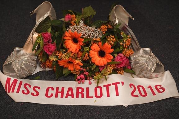 Casting exceptionnel on cherche l'égérie de la célèbre marque Charlott' !