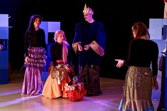 """""""La Petite Sirène"""" le spectacle inspiré du conte merveilleux d'Andersen joue au Lucernaire. Casting.fr vous invite !"""
