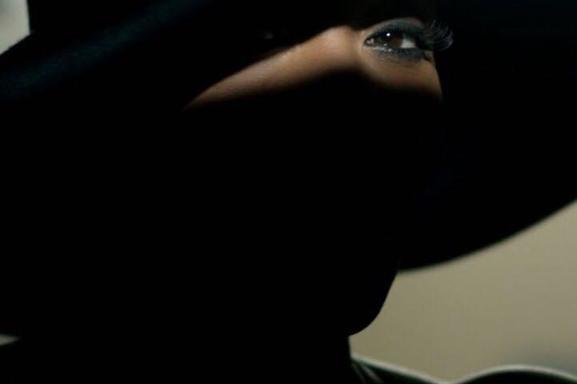 L'incontournable Lynnsha se réinvente une nouvelle fois dans son cinquième album