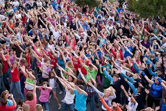 Si vous aussi vous souhaitez participer à un Flash Mob, c'est le Vendredi 31 mai à Paris avec Casting.fr!