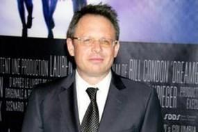 Bill Condon: Réalisteur de Twilight Révelation !