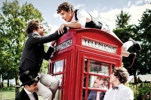 """""""One Direction"""" Un boys band Anglo-Irlandais à succès !"""