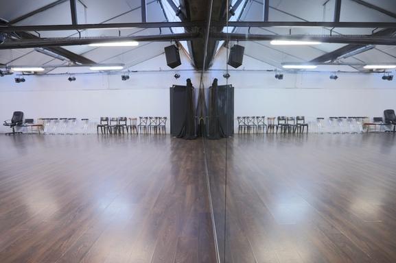 Gagnez Votre Stage ! Théâtre, cinéma, comédie musicale : Le STUDIO INTERNATIONAL Vanina Mareschal une école unique à Paris & Aix en Provence