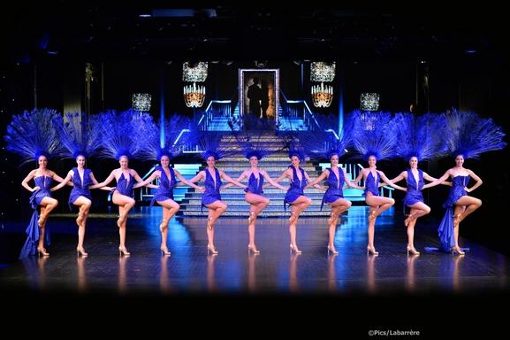 Le Lido ? Le cabaret de Paris incontournable ! Découvrez les Bluebell Girls pour la 27 ème revue! Casting.fr vous offre une nuit magique...
