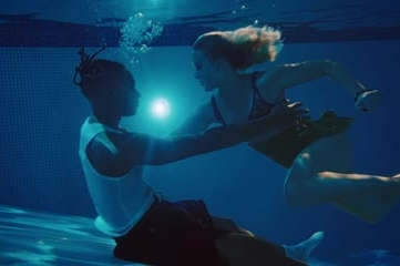 Zara Larsson, la belle chanteuse suédoise à la voix pop continue de conquérir le monde avec son nouv