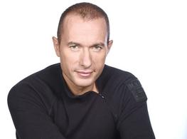 Pascal Soetens revient sur NRJ12 avec de nouveaux numéros inédits de SOS Ma Famille A Besoin d'Aide
