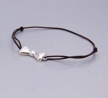 La créa d'Emilka est une marque de bijoux originale, facile à porter au quotidien !