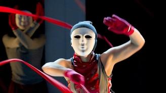 """""""Tam-Thaï"""" spectacle de danse perpétuant tradition taoïste des gongs et percussions"""