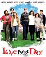 """""""Love Next Door"""" est une comédie fraiche et romantique avec Leighton Meester et Hugh Laurie"""