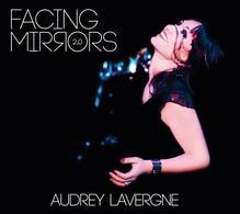 """L'envoutante Audrey Lavergne démarre une tournée pour son album """"Facing Mirrors"""" à Marseille, Arles, Lille, le Havre !"""