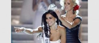 Miss USA : Rima Fakhi