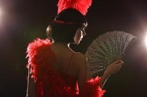 Humour, dentelle, charme et sensualité : laissez-vous séduire par le concours « Rencontres New Burlesque »