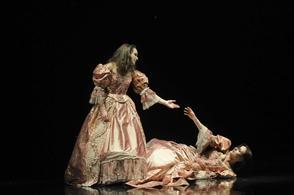 L'oeuvre exceptionnelle Hamlet au théâtre de l'Epée de bois