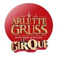 De la cavalerie légendaire, un cirque où les animaux sont les acteurs principaux? C'est le cirque Arlette Gruss, demandez vos places!