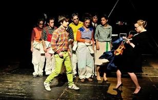 Casting.fr vous invite à découvrir ou redécouvrir le spectacle: La Fabrique en vous offrant des places