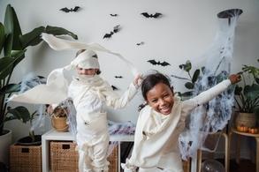 Que faire pendant les vacances de la Toussaint ? Et si vos enfants se formaient à la comédie musicale spéciale Halloween !