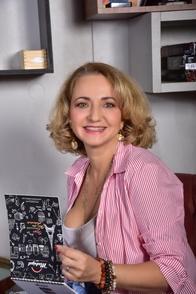 Anastasia Gaï, c'est la personne à suivre si vous souhaitez booster votre carrière, découvrez l'envers du décor du plus grand Concours National Francophone sur Casting.fr.