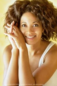 http://www.casting.fr/Djenaye Mannequin cabine obstinée, elle vous révèle les mystères de sa profession