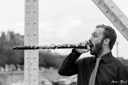 Venez découvrir le question réponse d'Adrien Besse, artiste polyvalent et plein d'ambitions !