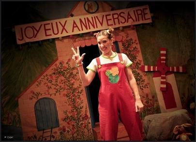 """Stéphanie Pierron dans la peau des aventures de Capucine, """"Le théâtre reste l'endroit où je me sens le mieux !"""""""