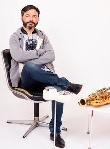 Saxophoniste de talent et sur scène avec le spectacle Sax, Samuel Maingaud nous livre ses secrets de réussite