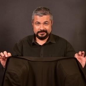 Envie de devenir magicien? Le célèbre Jean Michel Valette vous dit comment...