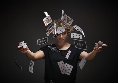 """Moulla, le magicien qui voulait créer des """"Miracles"""""""