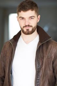 Alexandre Bussereau, élève devenu professeur au célèbre cours Florent, il se confie à notre équipe de Casting.fr