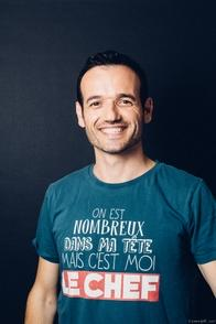Fabien Olicard vous parle en exclusivité sur Casting.fr, de son parcours et de son tout nouveau show : Reconfinementialisme