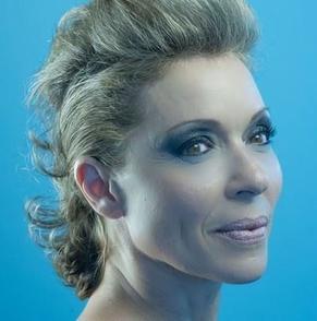 Martine Curtat-Cadet : Professeur de jazz, directrice du Centre des Arts Vivants, de l'école professionnelle Choréia et passionnée de comédie musicale.