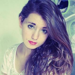 Claire16
