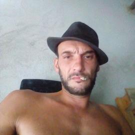 Alvaro22