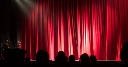 Casting comédien comédienne tout profil tout âge pour spectacle théâtral en Guadeloupe - Martinique - Guyane