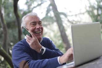 Recherche figurant homme entre 50 et 70 ans pour tournage publicité paris sportif