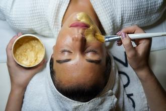 Recherche Femme entre 40 et 45 ans pour publicité cosmétique