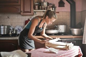 Casting homme et femme aimant cuisiner pour jouer dans publicité web
