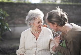 Casting femme entre 80 et 90 ans pour shooting photo pour long métrage
