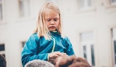 Casting fille 5 ou 7 ans pour clip musical