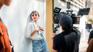 Recherche mannequin homme femme pour tournage publicité web