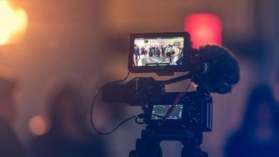 Recherche comédiens de 40 à 50 ans et comédiennes de 30 à 40 ans pour vidéos pubs web